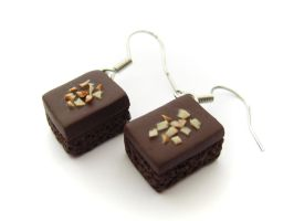 Brownie Earrings by PumpkinDream