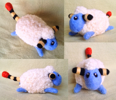 Selfmade Mareep plushie :3 by kovuification