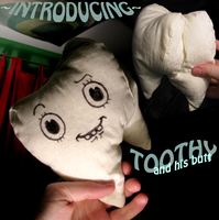 toothy plush by evil-goma