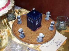 Dr Who Groom's 'Cake' by Knottynymph