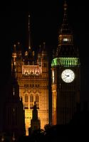 Big Ben by night by cheekybastard89