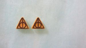 Deathly Hallows Earstuds by gracelyt