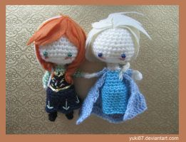 Commission: Anna and Elsa by Yuki87