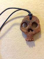 skull necklace by Buscetti