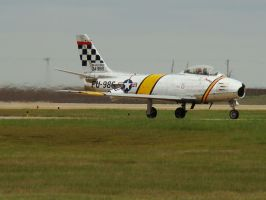 F 86 sabre taxi by Flyboy008