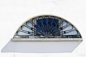 With a point of blue by martaraff