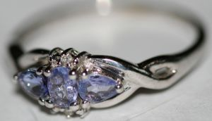 Ring by kitted