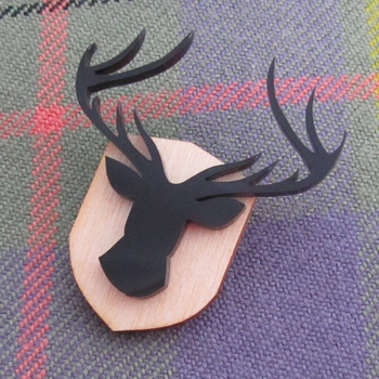 Stag Brooch by fairy-cakes