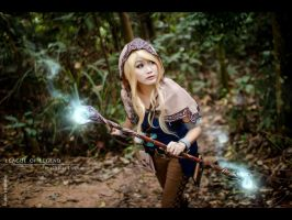 League of Legends-Spell Thief Lux by josephlowphotography