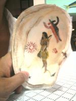 rock art,painted inside of a clam shell by rishard77