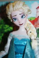 Ooak Disney Store Elsa from Frozen  Repainted by FortuRaider