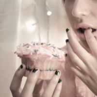 love story with a cupcake by honey-stick