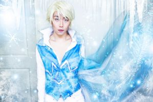 Gender Bend Elsa 3 (inspired by Sakimi Chan) by loljuny