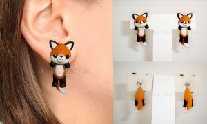 Fox clinging earrings by GeekOnDreamland
