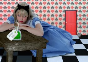 Alice by cazcastalla