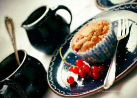Currant Muffin by DarkPati