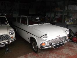 Ford Anglia 105e Deluxe Sportsman by bonjourmonami