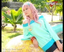 Macross F: Yousei by darkdiety