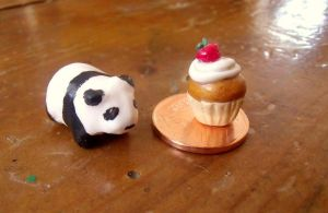 Panda and cupcake by curry-brocoli