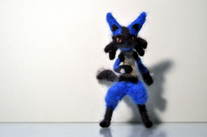 Lucario by pahein