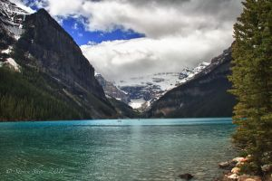 Lake Louise by Mac-Wiz