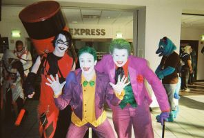 Ohayocon 2013- Jokers and a Male Harley Quinn! by JackSkelling10