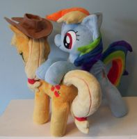 AppleDash Side View by Pinkamoone