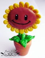 Sunflower figure from Plants vs zombies by Initta