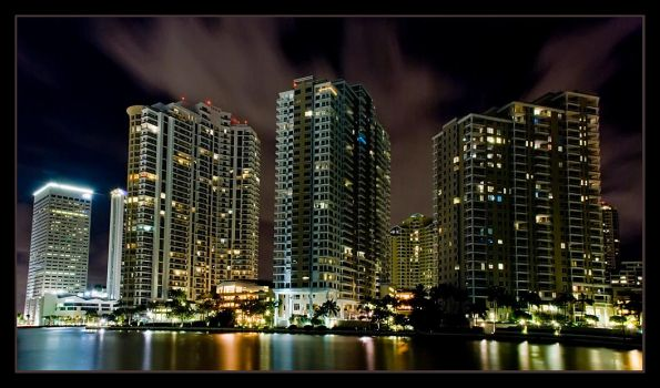 Miami Dowtown 3 by bandesz99