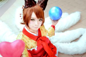 Oriental Ahri - 9 tails Fox by Adellexe