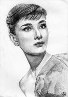 Audrey Hepburn by Csillipepper