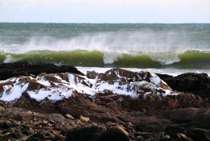 Winter Waves by Celem