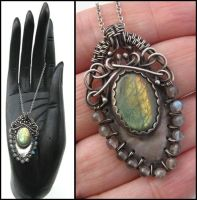 woven labradorite necklace by annie-jewelry