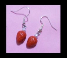 Strawberry and pearl earrings by AnaInTheStars