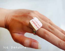 Miniature pink ombre cake by Ice-Pandora