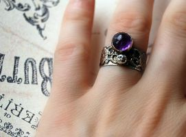 ring silver sterling with amethist by honeypunk