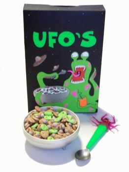 UFO CEREAL by nina0688