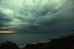Cloudy Morning_1 by ximocampo