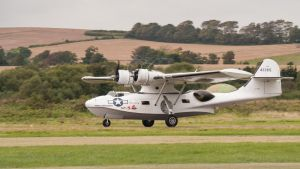 Catalina Takeoff by amipal
