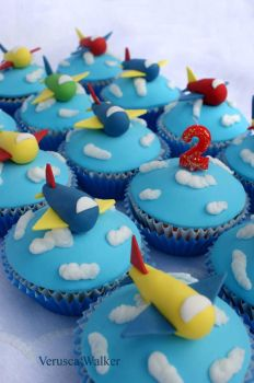 airplane cupcakes by Verusca