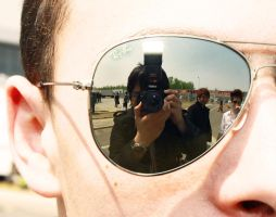 Me inside the sunglasses.. by carlos170691
