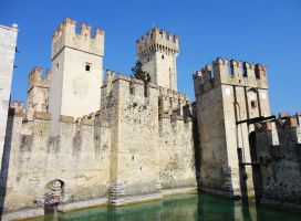 The castle of Sirmione by frei76