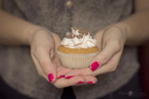 Delicious cupcake by Pamba