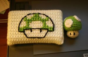 Crochet 1Up Mushroom + DS Case by katrivsor