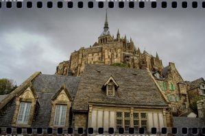 A day at Mont-Saint-Michel II by kakobrutus
