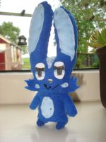 Tommie plushie front by NIGHTSandTAILSFAN