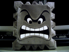 Thwomp Papercraft by AndrewFM