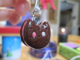 Cookie Cat Charm by Xaphet-Stackz