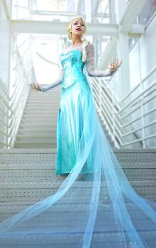 Rise Like the Break of Dawn - Elsa by Aicosu