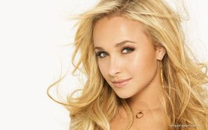 Hayden Panettiere 003 by vesperTiLo